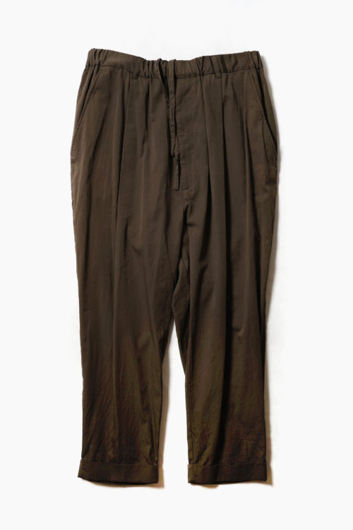 1 TUCK TAPERD TROUSER