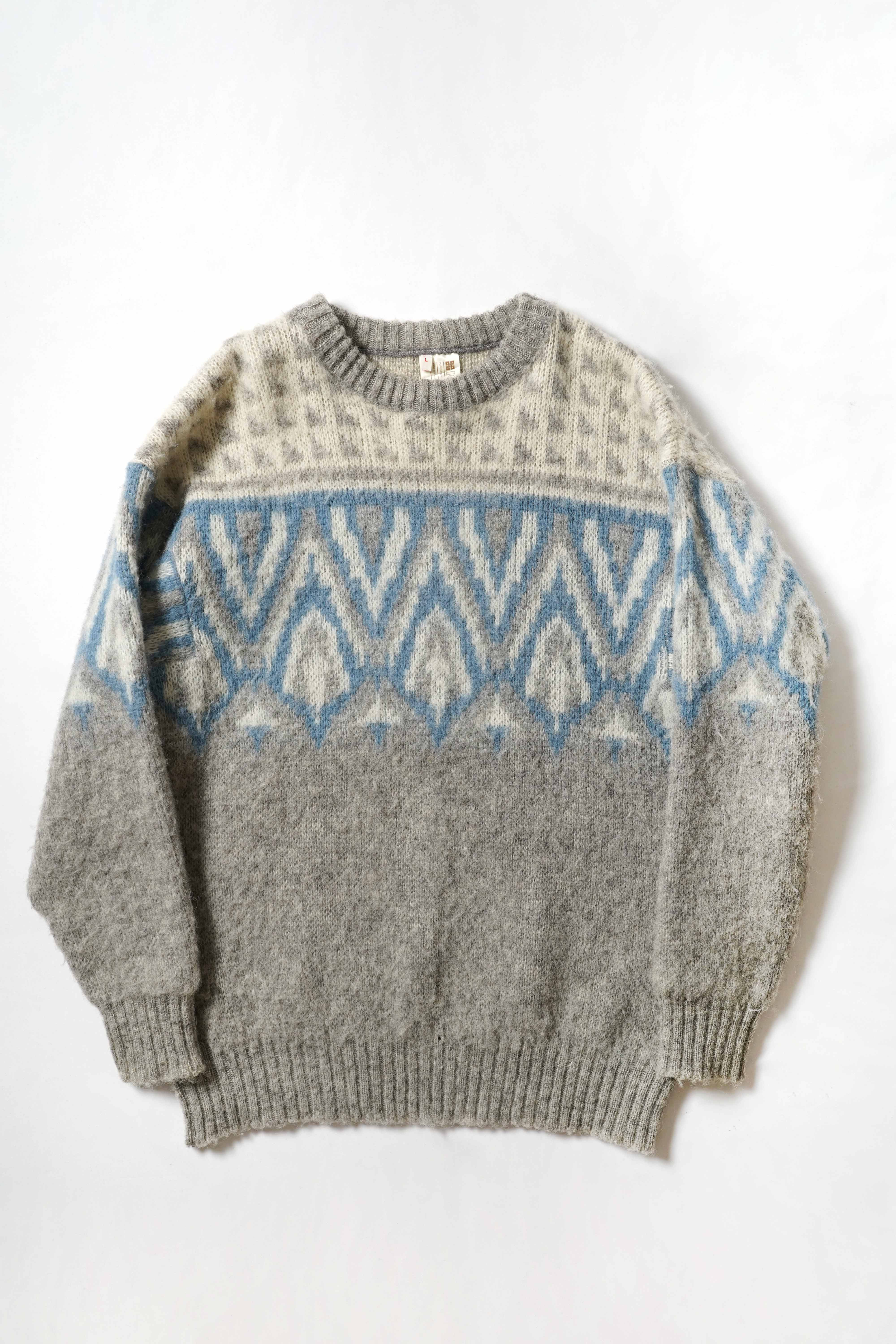 PATTERND KNIT SWEATER