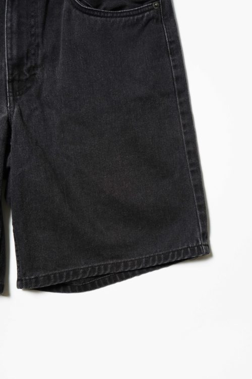 WASHED BLACK COLOR DENIM SHORTS