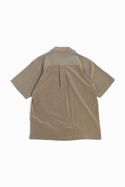 OLIVE OPEN COLLAR S/S SHIRT